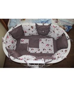 Комплект в детскую кроватку универсальный